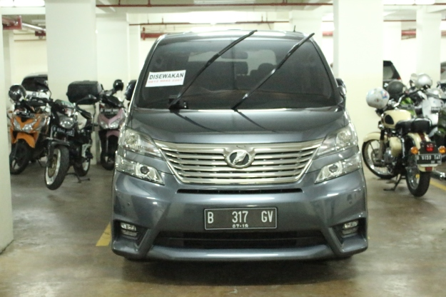 sewa_vellfire_paling_murah_alphard_wedding_car_decorasi_unik